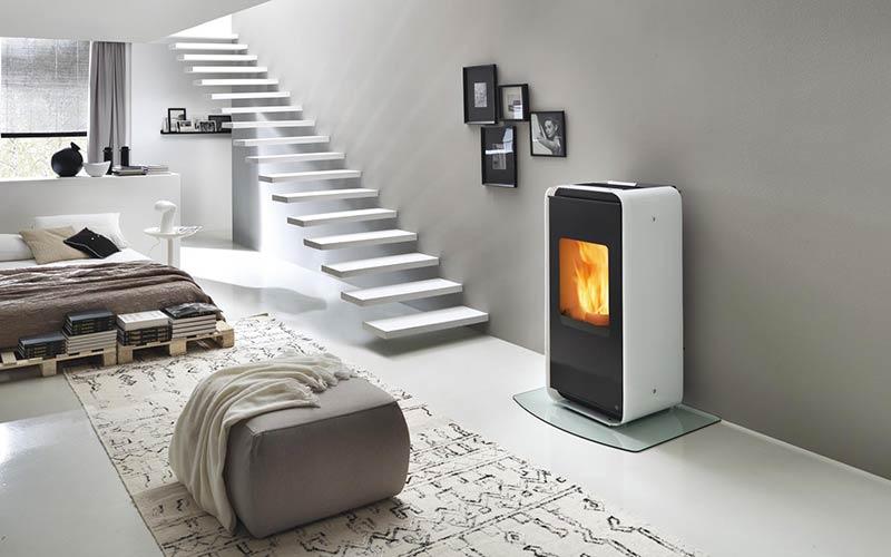 Soluzioni per il riscaldamento stufe e camini a legna o pellet pavidea bargazzi pavimenti e - Stufe a legna per riscaldamento ...